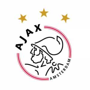 Sergiño Dest has extended his contract at Ajax until 2022