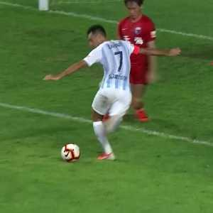 Last minute rabona to win the game in China