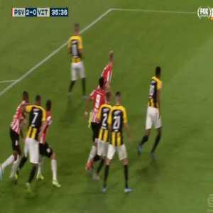PSV Eindhoven 2-0 Vitesse - Donyell Malen 36'