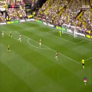 Etienne Capoue weak foot cross-field pass vs. Arsenal