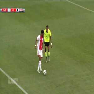 Ajax U19 [2] - 0 Lille U19 - Unuwar 19' - UEFA Youth League