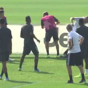 Higuain lost it in training today.