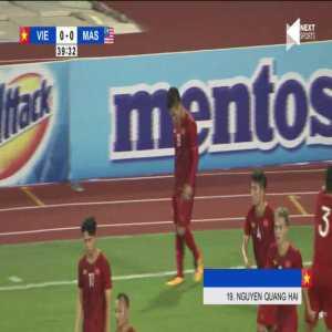 Vietnam 1-0 Malaysia - Nguyen Quang Hai 39'