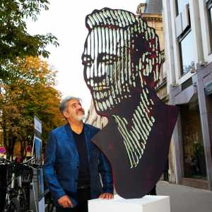 Brazilian Artist Marcos Marin to display his Neymar sculpture publicly for a month in Paris
