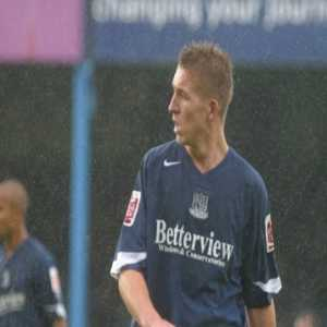 On this day in 2004 Freddy Eastwood scored a hattrick on his Southend United debut vs Swansea City including one after just 7.7 seconds.