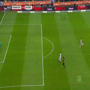 Jérôme Boateng (Bayern München) straight red card for challenge on Gonçalo Paciência (Eintracht Frankfurt)