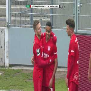 Bayern München II [2]-0 1. FC Magdeburg - Sarpreet Singh 30'