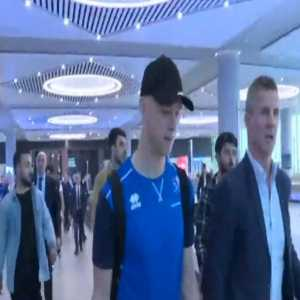 The check ups in the airport for the Iceland NT have gone quickly, the players are en route to their hotel.