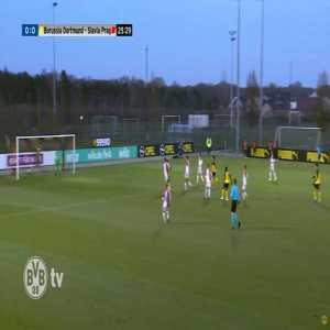 BVB U19 [1]-0 Slavia Prag U19 - Youssoufa Moukoko 26' (Great goal)