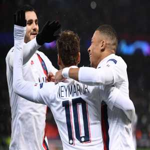 Tonight, Neymar's usage % was 37.21% — the highest I have ever recorded since collecting data for this metric. This means 37.21% of PSG's possession ended with Neymar which highlights just how involved he was this evening.