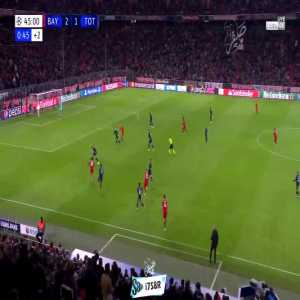 Bayern München - Tottenham- Coutinho hits the crossbar 45'+1