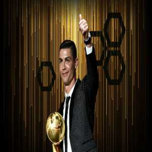 Cristiano Ronaldo crowned PLAYER OF THE YEAR at the 2019 Dubai Globe Soccer Awards