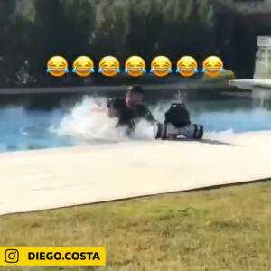 Diego Costa with a blatant dive