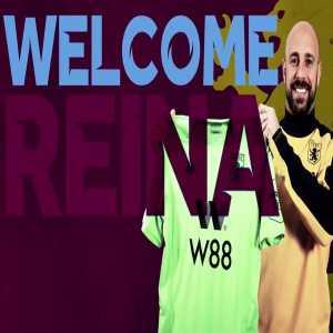 Aston Villa sign Pepe Reina