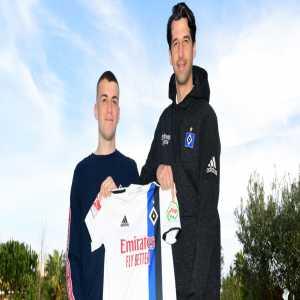 OFFICIAL : Monchengladbach defender Jordan Beyer joins Hamburg on loan