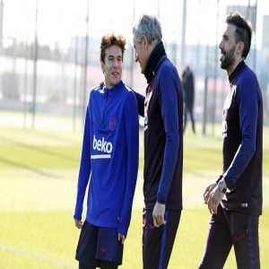 Quique Setién first decision as Barca's coach: Riqui Puig trains with the 1st team