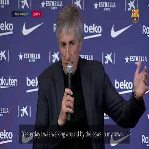 """Quique Setién: """"Yesterday I was walking around by the cows in my town and now today I'm at the Ciutat Esportiva in Barcelona coaching the best players in the world."""""""