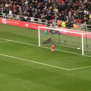 Young Middlesbrough fan went rogue, stole the ball, scored and stared down the crowd