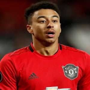 In the league this season: 🏴󠁧󠁢󠁥󠁮󠁧󠁿 Jesse Lingard 🏟 Games: 19 🎯 Assists: 0 🇧🇷 Alisson 🏟 Games: 14 🎯 Assists 1