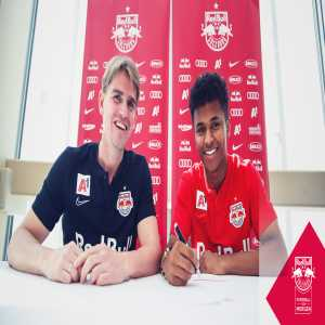 Karim Adeyemi extends his contract with Red Bull Salzburg until 2024