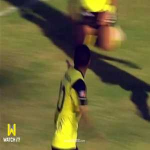 Today in the Egyptian League, Ahmad Hassan (Wadi Degla) denied his teammate a goal into an empty net with a bone-headed offside