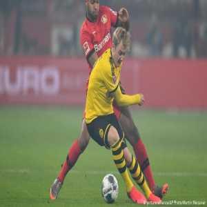 Brandt to miss next Bundesliga game against Leipzig, also in doubt for Paris match
