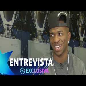 """Vinicius: """"I'm very calm and I know at some point the goals will come. I'm only 19 years old. Sterling, at my age, did the same thing. He didn't score so many goals, but this year I think he already has 15 or 16. He improves with every season."""""""