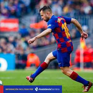 Official: Jordi Alba suffers from an adductor injury in his right leg. Further tests will determine the exact extent of the injury.