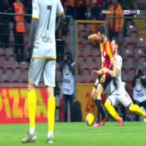 Galatasaray 1-0 Yeni Malatyaspor - Adem Buyuk penalty 45'