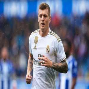 In his first 250 games for Real Madrid, Toni Kroos has always recorded a pass success rate of over 90% and is the first player to ever do so.