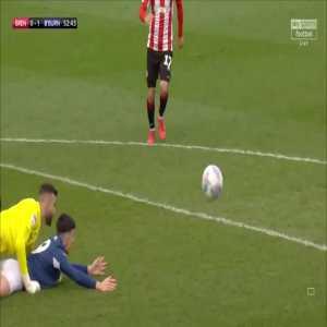 Brentford 0-2 Blackburn - Adam Armstrong penalty 54'