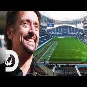 Richard Hammond drives a football pitch