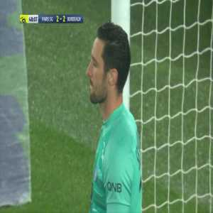 Sergio Rico miss kicks the ball vs Bordeaux
