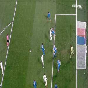 Cuardado (Juventus) handball vs Olympique Lyonnais 38'