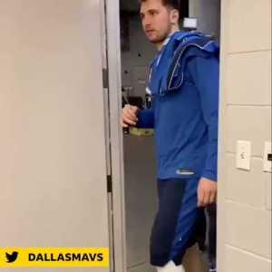 Eden Hazard getting dwarfed by NBA player Luka Doncic