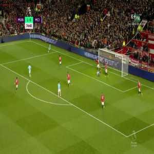 Sterling miss vs Man United