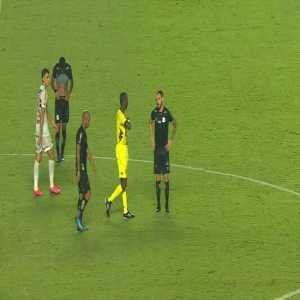 Jobson red card after foul on Dani Alves 43' (São Paulo 0 - 1 Santos)