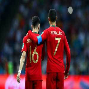 "Bruno Fernandes on Ronaldo: ""We look at him as an idol, he's always been an idol for me. I followed his example, he's one of my favourites. ""When I was called up by Portugal, he said: 'You're doing a good job at Sporting, I like it'. Words like these make a difference."""