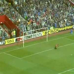 Liverpool 0 - [1] Everton - Sharp 48'