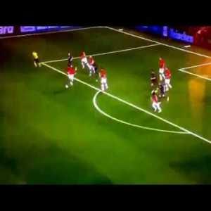 Fellaini incredible dribble vs. Bayern Munich