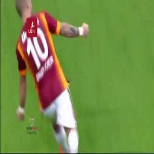 Galatasaray [1] - 0 Fenerbahce - Wesley Sneijder 88' (Great goal)