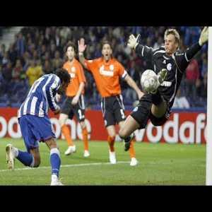 Manuel Neuer against Porto (07/08 CL Round of 16)