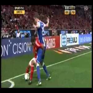 Marc Janko great pressing vs Benfica [90+3]