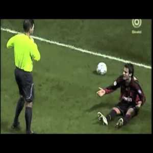 Gilardino terrible dive vs Celtic