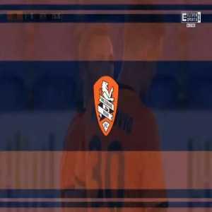 Brisbane Roar 1-0 Newcastle Jets - Scott McDonald 16'