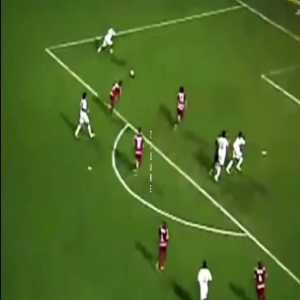 Neymar's first professional goal and his 400th