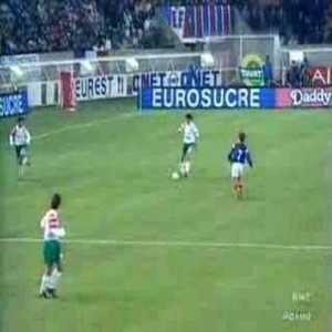 Bulgaria eliminates France from qualifying to the 1994 WC with a 91st minute winner in the last qualifying game in Paris.
