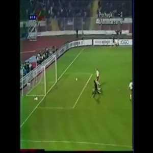 Figo vs Peter Schmeichel (Portugal - Denmark, 2000)