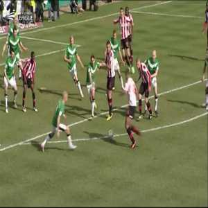 Before the Leicester v Watford there was Brentford v Doncaster. Both teams had a chance of promotion on the last day of the season. Brentford needed to win at home while Doncaster only needed a single point. This is the final moments.