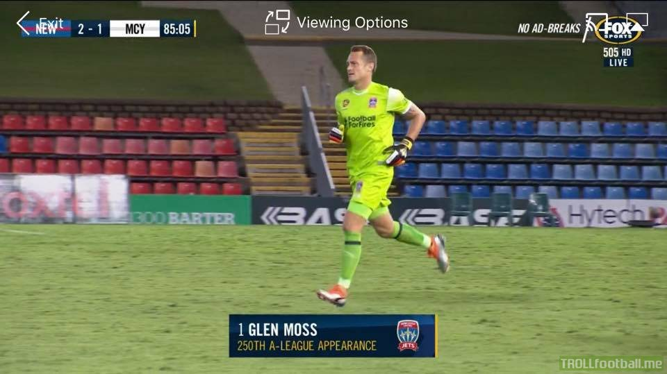 Newcastle jets goalkeeper Glen Moss subbed on for quite possibly the last game before retirement and for his 250th A-league appearance.